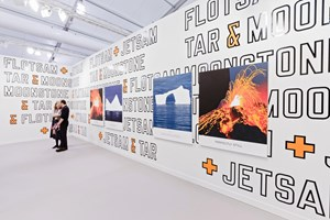 Lawrence Weiner and John Baldessari, Marian Goodman Gallery, Frieze Los Angeles (15–17 February 2019). Courtesy Ocula. Photo: Charles Roussel.