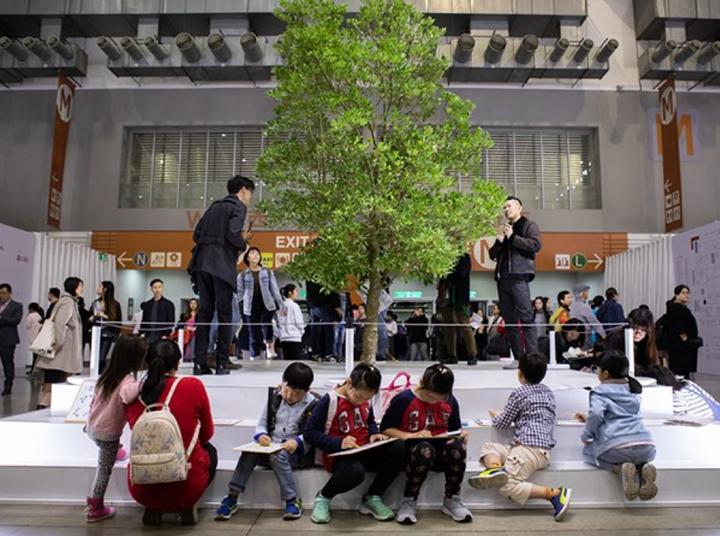 John Yuyi, I Tree to Call You (2018). Exhibition view: Installations sector, Gallery Vacancy, Taipei Dangdai (18–20 January 2019). Courtesy Taipei Dangdai.