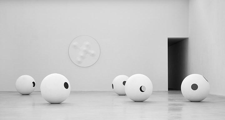 Exhibition view: Norio Imai, Material Ecstasy, Axel Vervoordt Gallery, Antwerp (24 November 2018–23 February 2019). Courtesy Axel Vervoordt Gallery.
