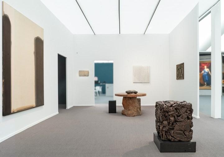 Exhibition view: Axel Vervoordt Gallery, Frieze Masters 2018, London (4–7 October 2018). Cour-tesy Axel Vervoordt Gallery. Photo: © Michael Paul.