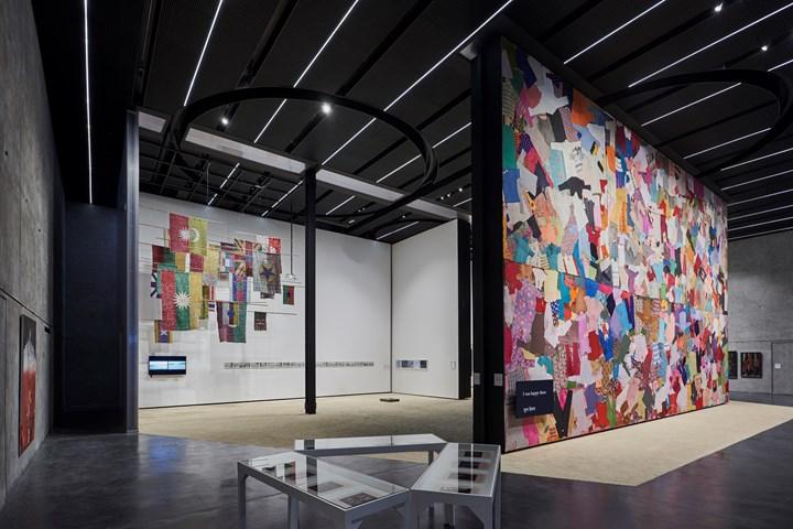 Exhibition view: Fabric(ated) Fractures, Concrete, Alserkal Avenue, Dubai (9–23 March). Courtesy Alserkal Avenue. Photo: Musthafa Aboobacker.