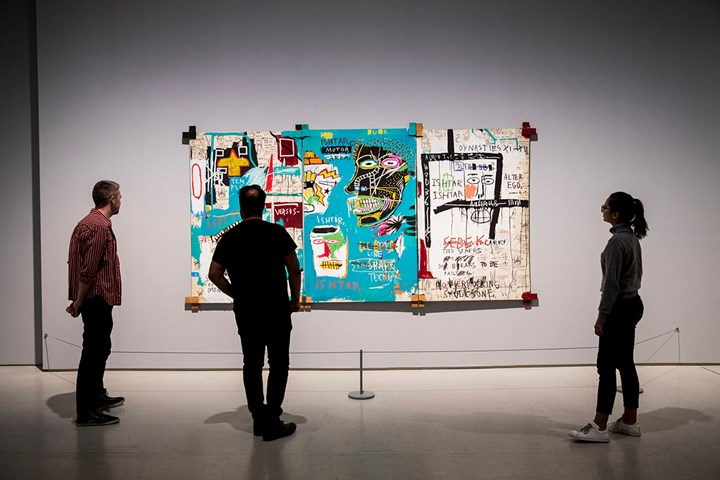 Jean-Michel Basquiat, Ishtar (1983). Exhibition view: Basquiat: Boom for Real, Barbican Art Gallery, London (21 September 2017–28 January 2018). Courtesy Barbican Art Gallery. Collection Ludwig, Ludwig Forum für Internationale Kunst, Aachen. © The Estate of Jean-Michel Basquiat. Licensed by Artestar, New York. Photo: Carl Brunn.