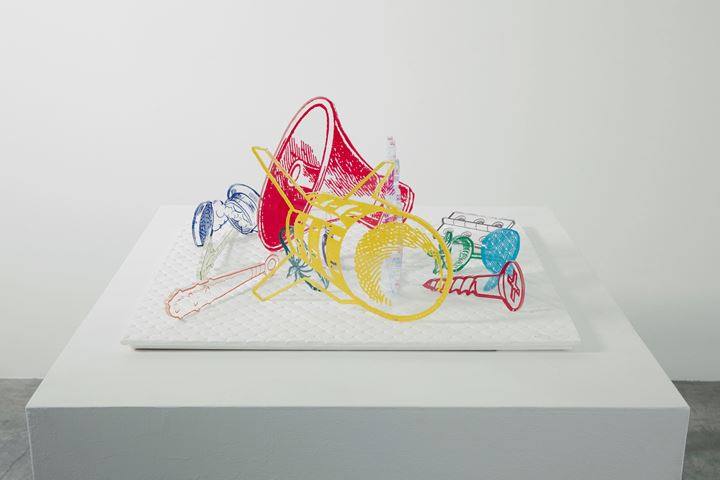Tappei Kaneuji, Games, Dance and the Constructions (Acrylic) #3 (2014). Screen print, embossing, acrylic sheets, STPI compressed cotton pulp. Dimensions variable. © 2014 Teppei Kaneuji / STPI. Courtesy the artist and STPI – Creative Workshop & Gallery.