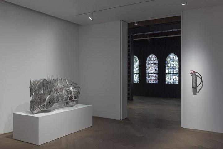 Exhibition view: Wim Delvoye, Perrotin, Shanghai (20 September–17 October 2018). Courtesy © Studio Wim Delvoye / ADAGP, Paris & SACK, Seoul 2018. Photo: Ringo Cheung .