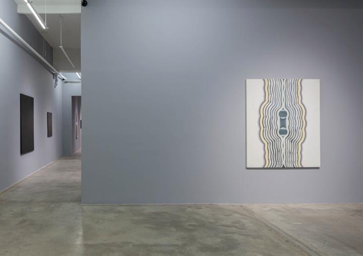 Exhibition view: Kim Tschang-Yeul, New York to Paris, Tina Kim Gallery, New York (24 October–7 December 2019). Courtesy the artist and Tina Kim Gallery.