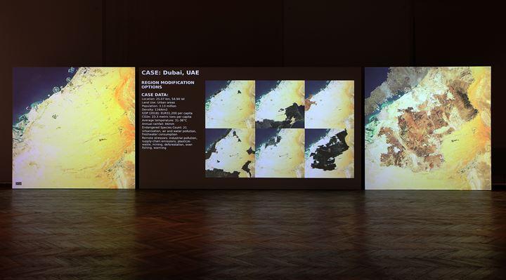 Tega Brain, Julian Oliver, Bengt Sjölén, Asunder (2019). Exhibition view: Vienna Biennale for Change, MAK – Museum for Applied Arts, Vienna (29 May–6 October 2019). Courtesy the artists.