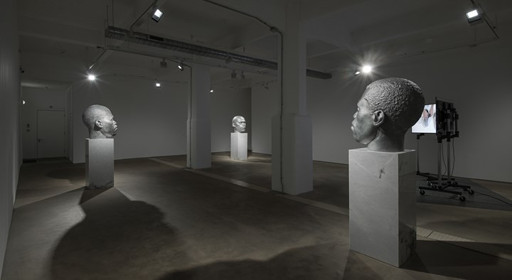 Exhibition view: Thomas J Price, Worship, Hales Gallery, London (1–27 May 2016). Courtesy the artist and Hales Gallery.