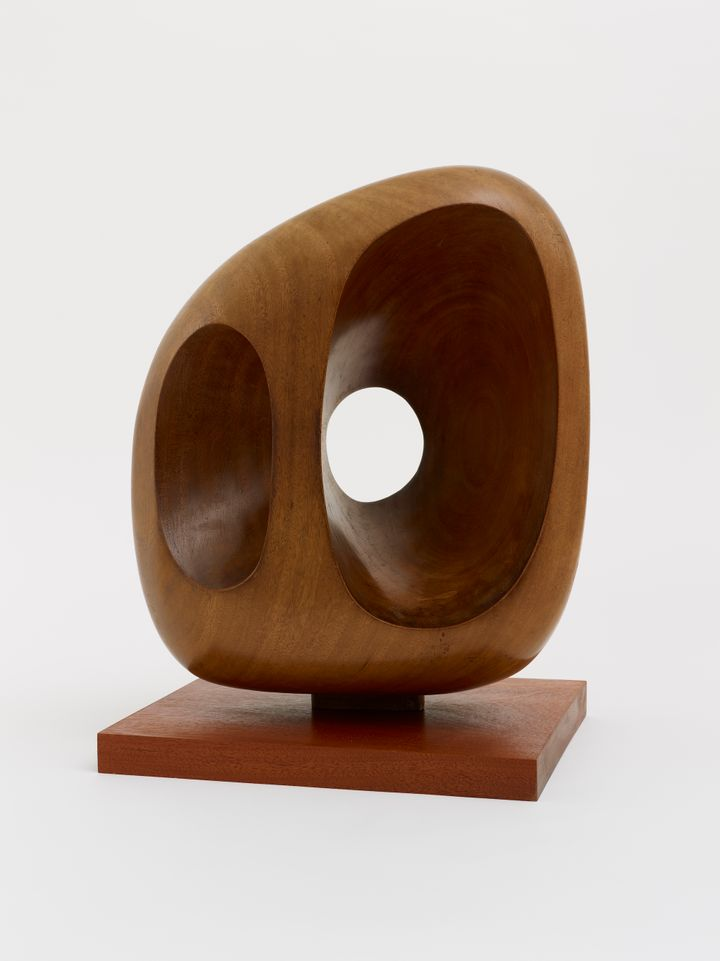 Barbara Hepworth, Icon (1957). Courtesy Arts Council Collection, Southbank Centre, London. © Bowness.