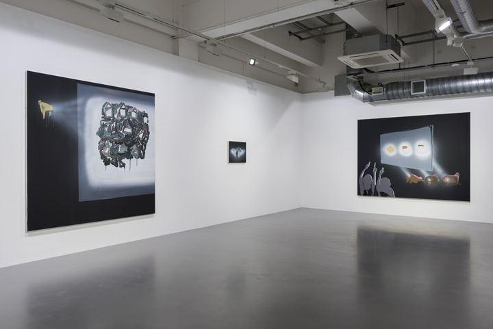 Exhibition view: Shitty Disco, Pilar Corrias, London (5 October–12 November 2016). Courtesy Pilar Corrias.