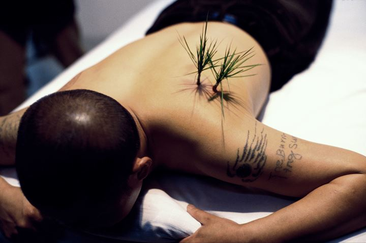 Yang Zhichao, Planting Grass (2000). Archival pigment print. 88 x 137 cm. Courtesy the artist and Eli Klein Gallery.