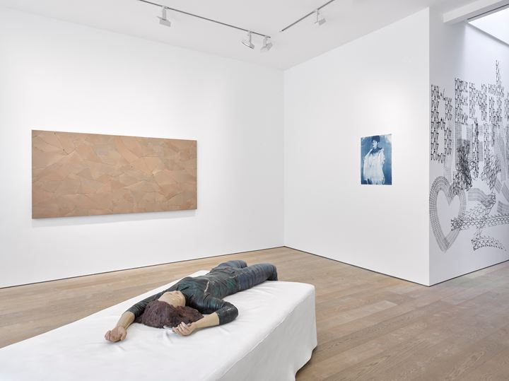 Xiang Jing, Slipping, Ticktock Ticktock (2005) (front). Ma Qiusha, Wonderland — Shaping Flesh (2016); Page 21 (2017–2018); aaajiao, 404 (2017) (left to right). Exhibition view: Afterimage: Dandai Yishu, Lisson Gallery, Bell Street, London (3 July–7 September 2019). Courtesy Lisson Gallery.
