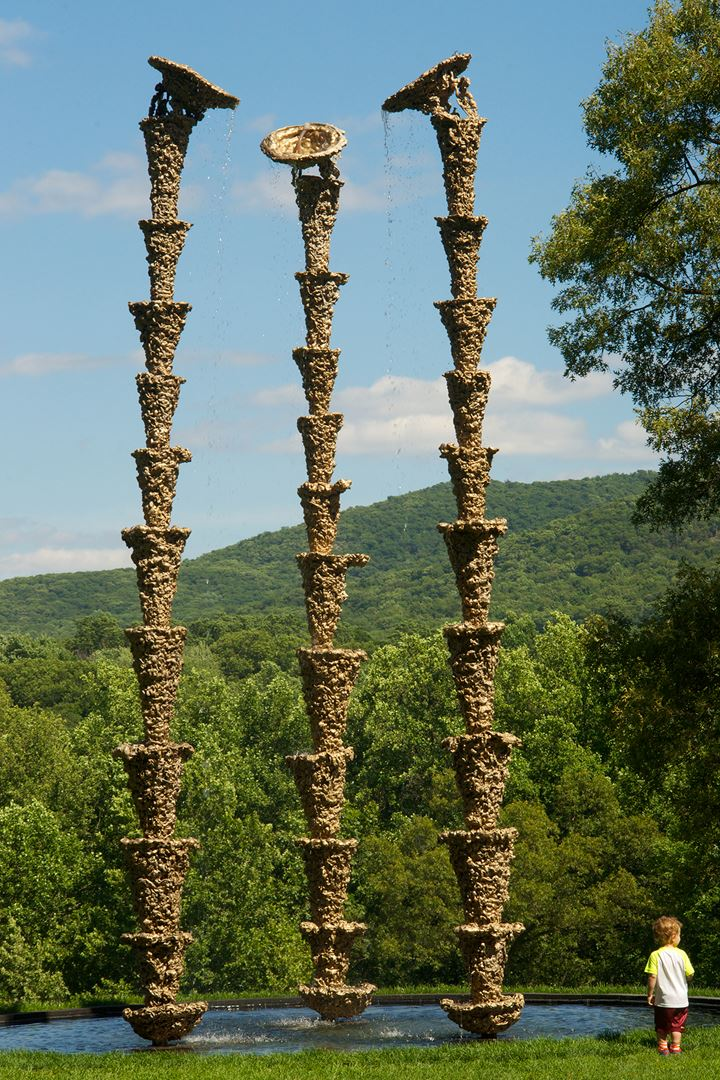Lynda Benglis, Water Sources (2015), Storm King Art Center, Mountainville, New York. Courtesy Storm King Art Center. Photo: Jerry L. Thomson.