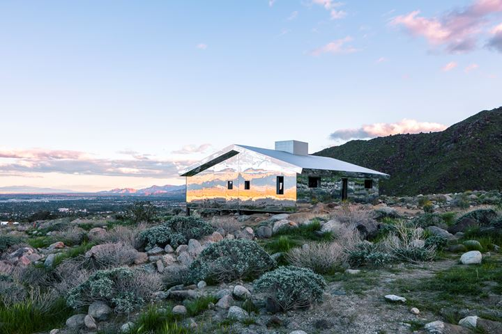 installation view of Doug Aitken, MIRAGE . 2017. Photography by Lance Gerber. Courtesy the artist and Desert X