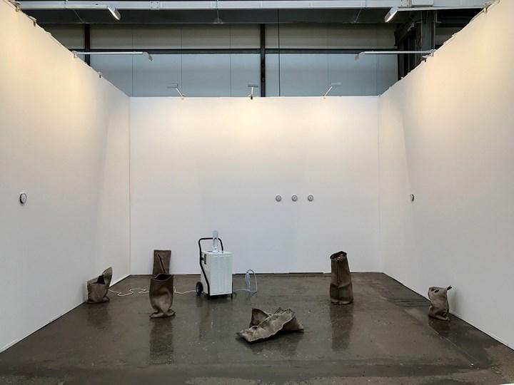 Exhibition view: Adrien Missika at Galeria Francisco Fino, Art Düsseldorf (17–19 November 2017). Courtesy Art Düsseldorf. Photo: Sebastian Drüen.