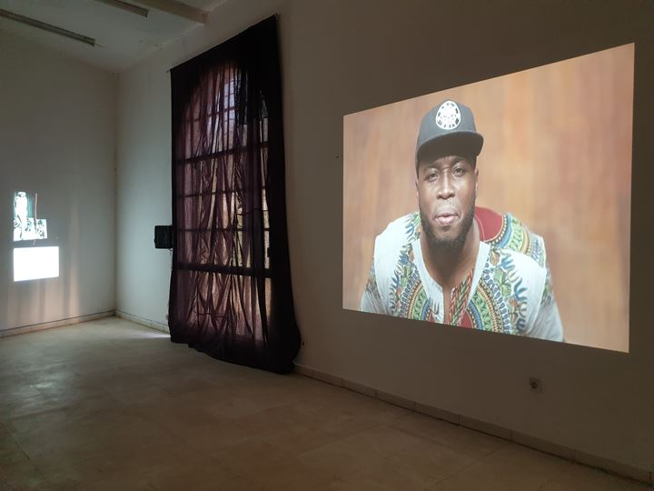 Theaster Gates, Do you hear me calling? (2018). Exhibition view: 12th Bamako Encounters Photography Biennial, Bamako (30 November 2019–31 January 2020). Courtesy the artist.
