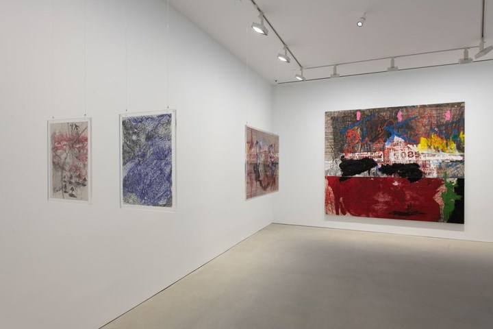 Exhibition view: Oscar Murillo, the build up of content and information, David Zwirner, Hong Kong (20 September–3 November 2018). Courtesy David Zwirner.