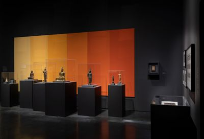 Exhibition view: The Jeweled Isle: Art from Sri Lanka, Los Angeles County Museum of Art (9 December 2018–23 June 2019). Courtesy Los Angeles County Museum of Art. Photo: © Museum Associates/LACMA.