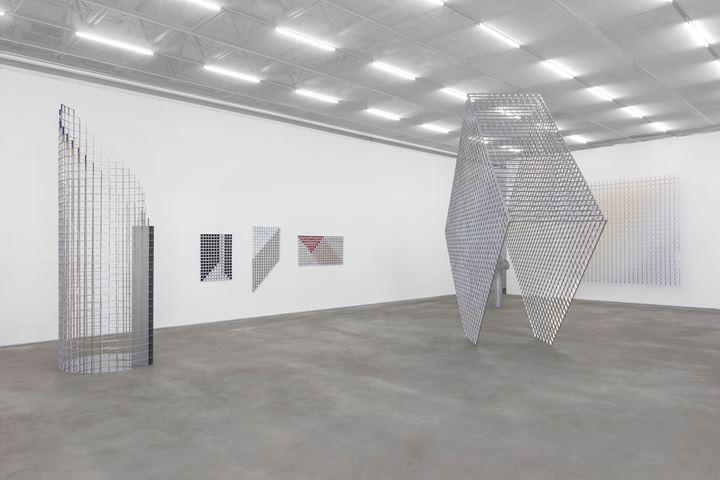 Exhibition view: Ascânio MMM, Casa Triângulo, São Paulo (28 September–14 November 2019). Courtesy Casa Triângulo. Photo: Filipe Berndt.