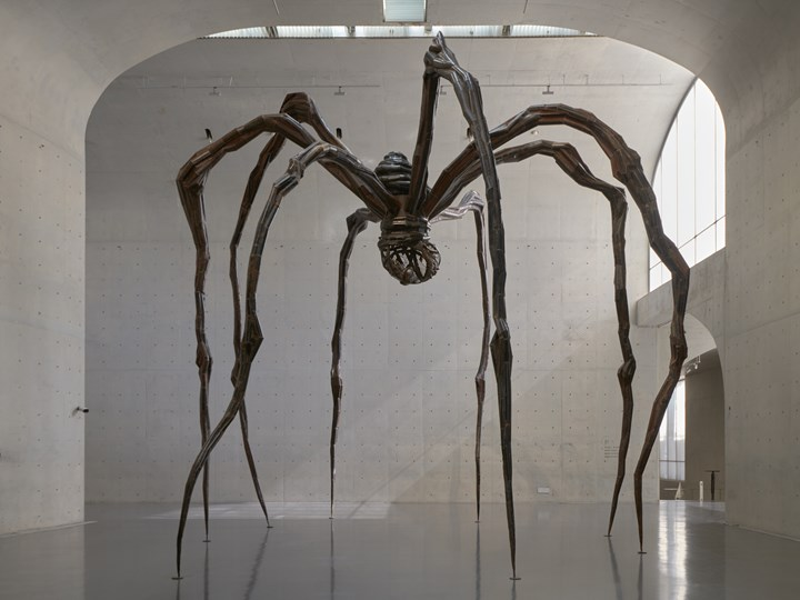 Louise Bourgeois, 'Maman' (1999). Steel and marble. 927.1 x 891.5 x 1023.6 cm. Exhibition view: 'Louise Bourgeois: The Eternal Thread,' Long Museum, West Bund (3 November 2018–24 February 2019). Collection Tate, presented by the artist 2008. © The Easton Foundation/VAGA (ARS), NY. Photo: Jiaxi & zhe.