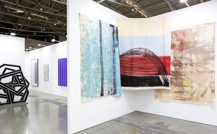 Paintings by Vivian Suter on view at Gladstone Gallery, Taipei Dangdai (18–20 January 2019). Courtesy Taipei Dangdai.