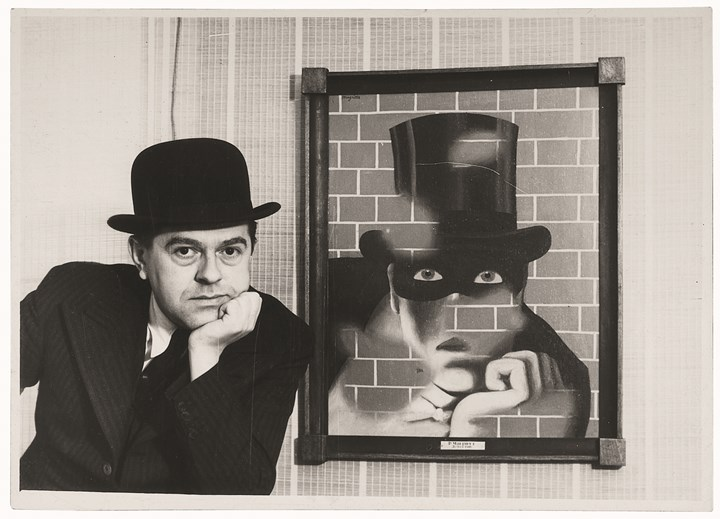 René Magritte and Le Barbare (1938), London Gallery. Original photograph. 43.2 x 33.2 cm. Private collection. Courtesy Brachot Gallery, Brussels.