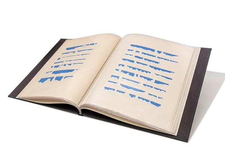 Mirtha Dermisache, Libro Nº6 (Book No. 6) (1971). 28 graphics, 18 pages. Collection MALBA. Courtesy MALBA.