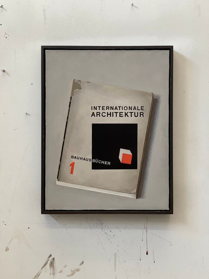 The cover of a book on the Bauhaus movement is painted by Liu Ye.