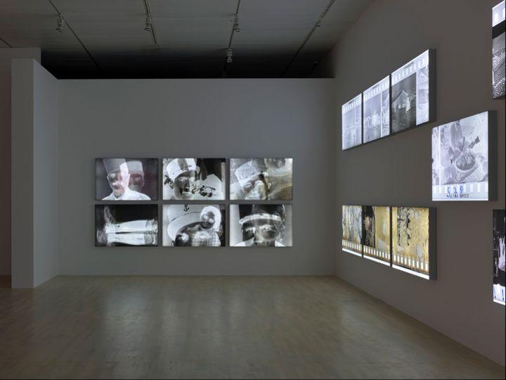 Exhibition view: Akram Zaatari, Against Photography. An Annotated History of the Arab Image Foundation, K21, Kunstsammlung Nordrhein-Westfalen, Düsseldorf (18 November 2017–25 February 2018). © Kunstsammlung NRW and Akram Zaatari. Photo: Achim Kukulies.