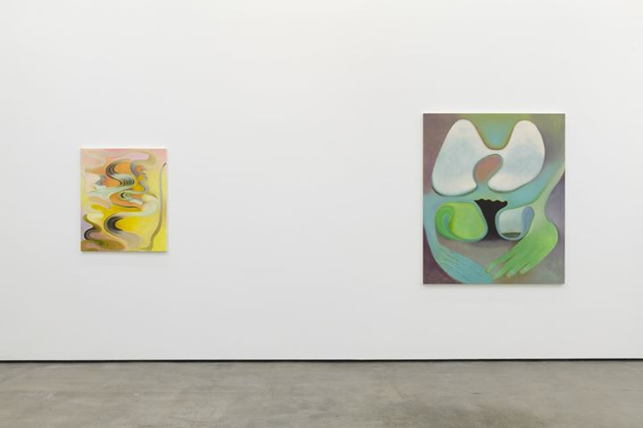 Kristy Luck, Fountain (2020). Oil on linen. 91.44 x 76.2 cm; Soft Touch (2020). Oil on linen. 152.4 x 127 cm (left to right). Exhibition view: Transformer, Philip Martin Gallery, Los Angeles (11 January–22 February 2020). Courtesy Philip Martin Gallery. Photo: Jeff McLane.