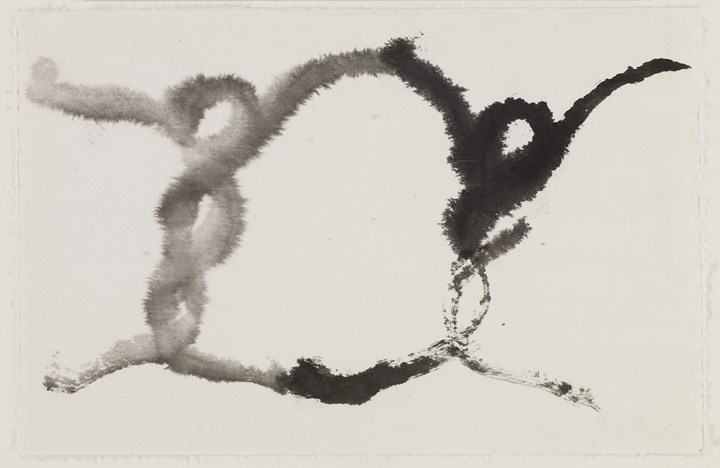 Suh Se Ok, Two People (2000). Ink on mulberry paper. 27.8 x 42.7 cm. Courtesy the artist and Lehmann Maupin.