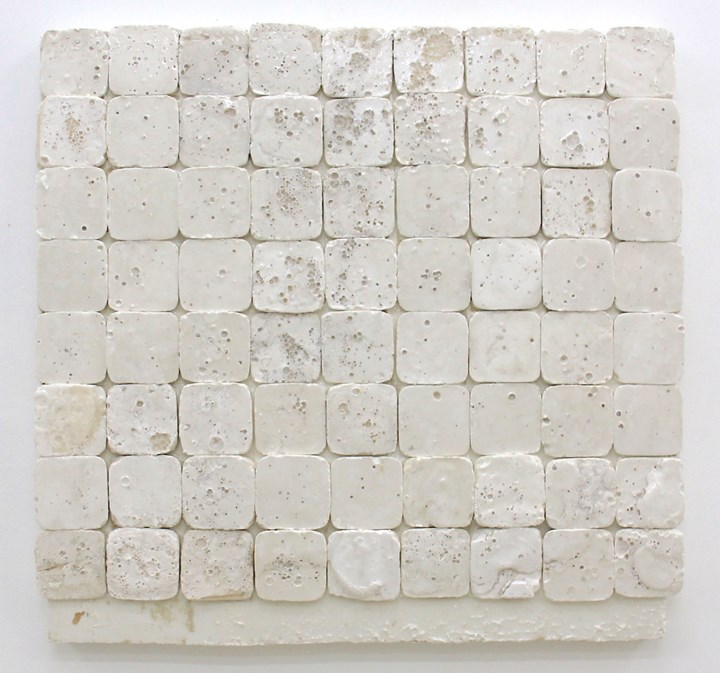 Ben Loong, Bloodshot (2018). Resinated drywall plaster on wood. 81.5 x 84 cm. Courtesy Pearl Lam Galleries.