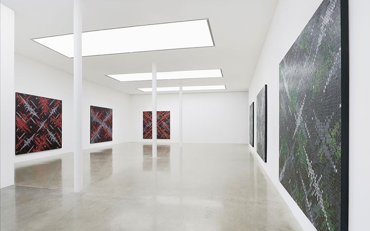 Exhibition view: Ding Yi, Solo Exhibition, London (19 May–8 July 2017). Courtesy Timothy Taylor and the artist.