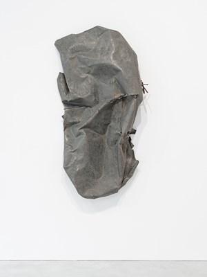 Plümo mit Ritze by Meuser contemporary artwork