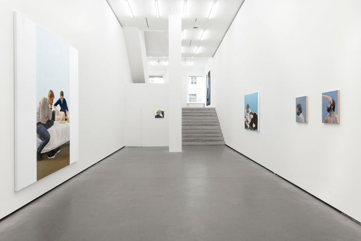 Exhibition view: Tim Eitel, Vie imaginaire, chapitre II: Ensemble, Galerie EIGEN + ART, Berlin (28 April–5 June 2021).  Courtesy Galerie EIGEN + ART Berlin. Photo: Uwe Walter, Berlin.