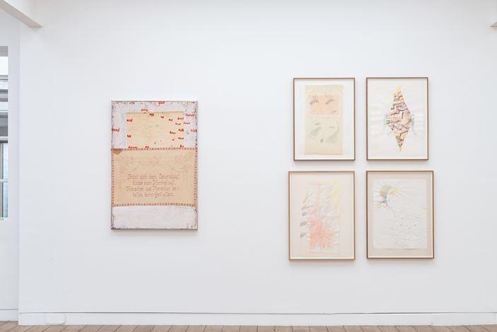 Exhibition view: Gerhard Hoehme, da war jemand, Beck & Eggeling International Fine Art, Düsseldorf (4 September–7 November 2020). Courtesy Beck & Eggeling International Fine Art.