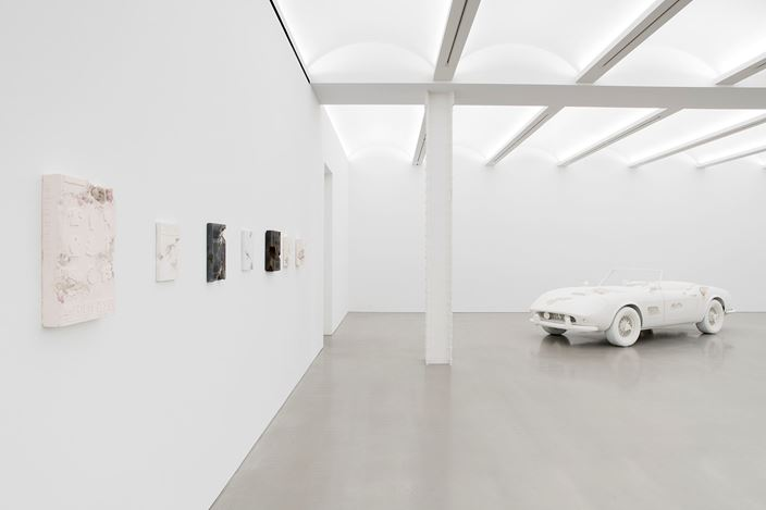 Exhibition view: Daniel Arsham, 3018, Perrotin, New York (8 September–21 October 2018). Courtesy Perrotin. Photo: Guillaume Ziccarelli.