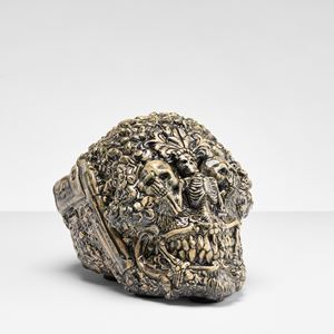 Skull by Carolein Smit contemporary artwork
