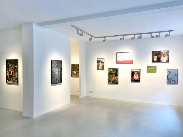 Exhibition view: Grit Schwerdtfeger, Übergang, Galerie–Peter–Sillem., Frankfurt (16 July–28 August 2021). CourtesyGalerie–Peter–Sillem.