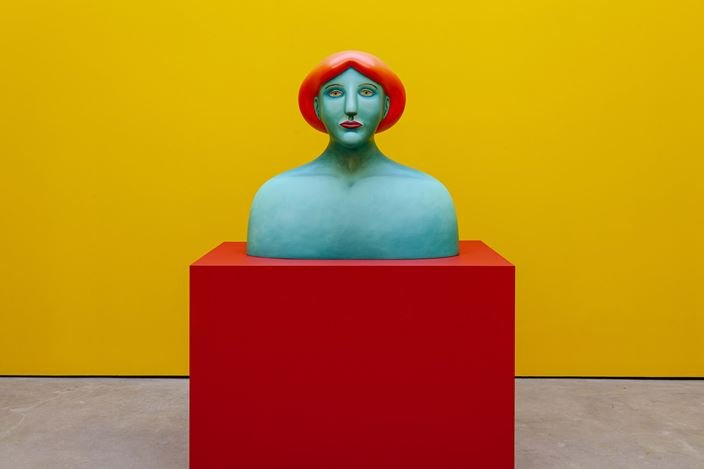 Nicolas Party, Bust (2019).Exhibition view: Nicolas Party,Polychrome, The Modern Institute, Osborne Street, Glasgow (25 May–24 August 2019). Courtesy the artist and The Modern Institute/Toby Webster Ltd, Glasgow.