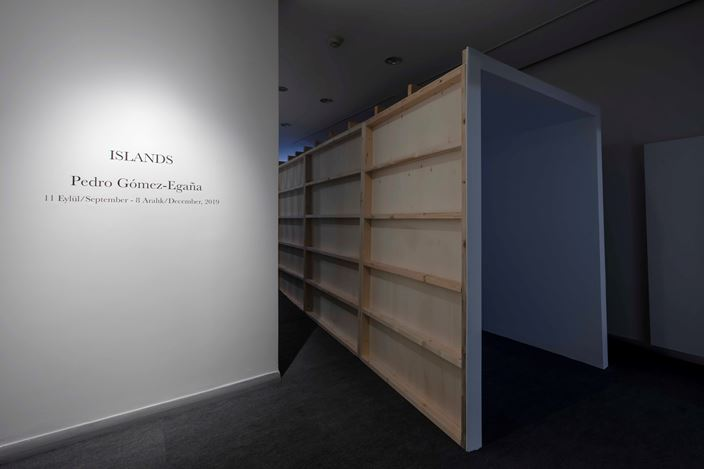 Exhibition view: Pedro Gómez-Egaña, Islands, Zilberman Gallery, Istanbul (11 September–8 December 2019). Courtesy Zilberman Gallery.