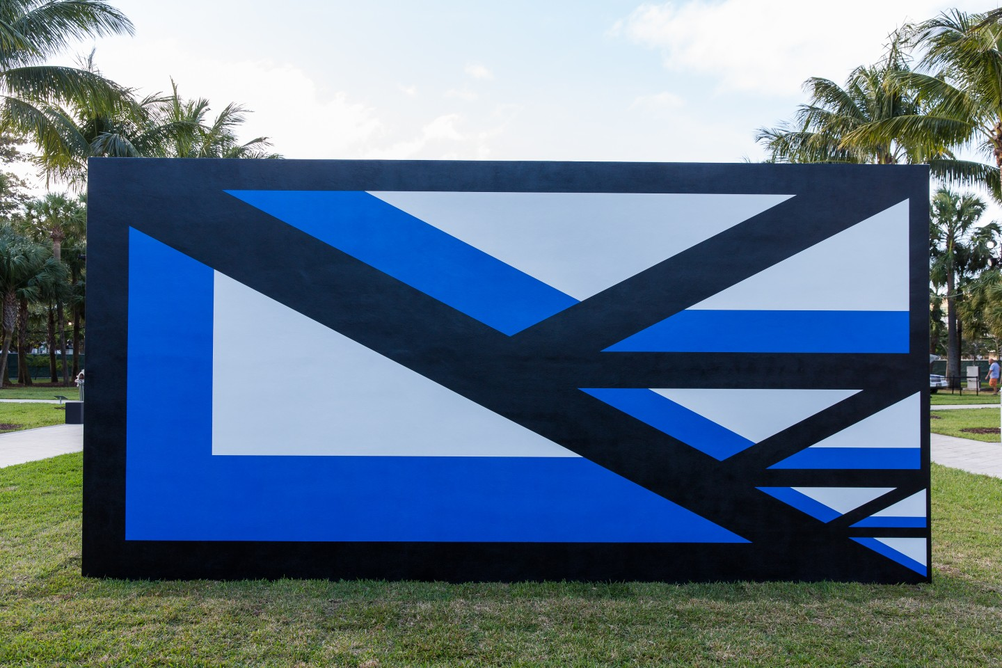 Claudia Comte, 128 Triangles and their Demonstration, 2016, at Public, Art Basel in Miami Beach. © Art Basel.