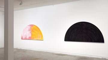 Contemporary art exhibition, Gretchen Albrecht, Between gesture and geometry at Two Rooms, Auckland