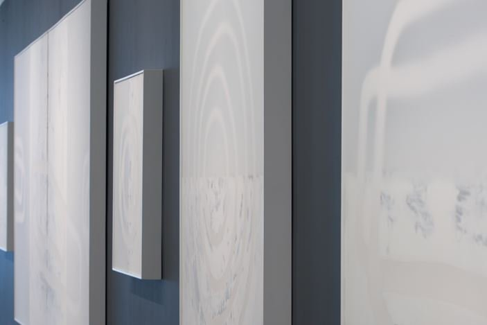 Exhibition view: Udo Nöger, Painting with Light, Sundaram Tagore Gallery, Chelsea, New York (5 September–5 October 2019). Courtesy Sundaram Tagore Gallery.