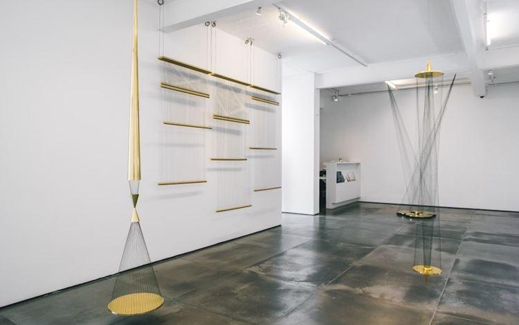 Exhibition view: Artur Lescher, Inverso do infinito, Galeria Nara Roesler, Rio de Janeiro (13 October–23 December 2020). CourtesyGaleria Nara Roesler. Photo: © Victor Curi.