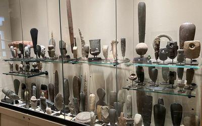 Exhibition view:Group exhibition, ...LITHICS,Galerie Meyer - Oceanic & Eskimo Art, Paris (7 September–30 October 2021).Courtesy, Galerie Meyer - Oceanic & Eskimo Art.