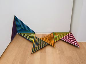 untitled(triangle) by Eimei Kaneyama contemporary artwork