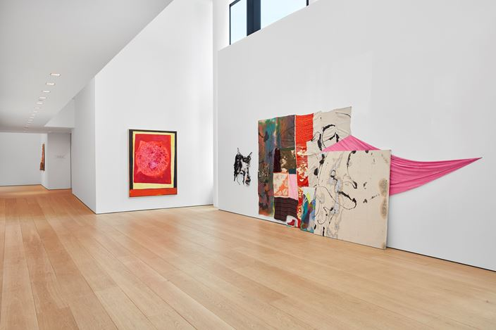 Exhibition view: Group Exhibition, cart, horse cart, Lehmann Maupin, 501 West 24th Street, New York.(20 June–16 August 2019). Courtesy the artists and Lehmann Maupin, New York, Hong Kong, and Seoul. Photo: Matthew Herrmann.