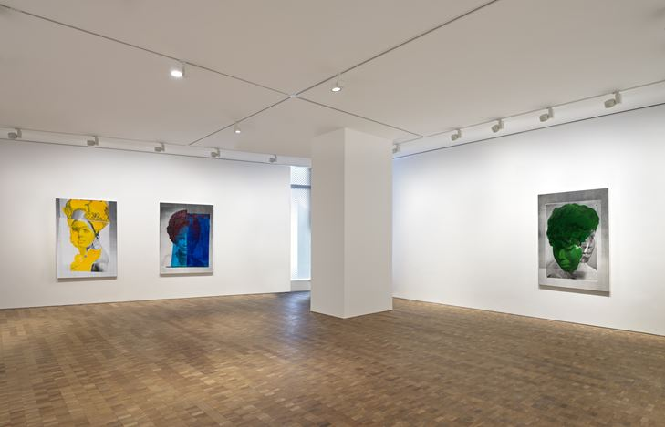 Exhibition view: Lorna Simpson, Special Characters, Hauser & Wirth, Hong Kong (16 June–30 September 2020). © Lorna Simpson. Courtesy the artist and Hauser & Wirth. Photo: Kitmin Lee.
