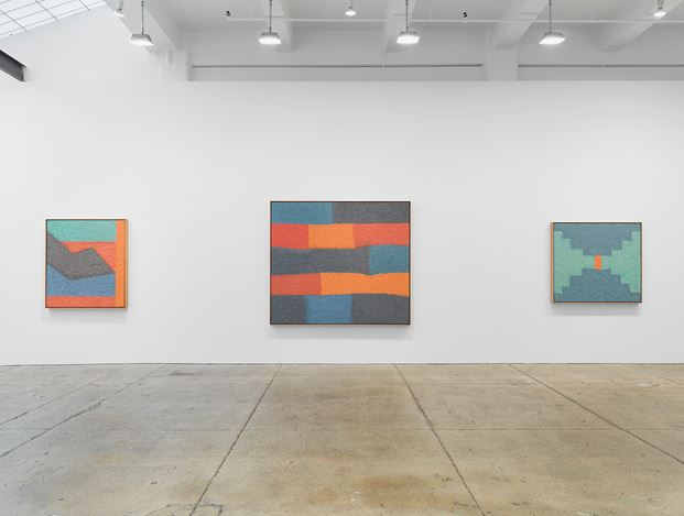 Exhibition view: Samuel Levi Jones, Mass Awakening, Galerie Lelong & Co., New York (5 September–12 October 2019). © Samuel Levi Jones. Courtesy Galerie Lelong & Co., New York.