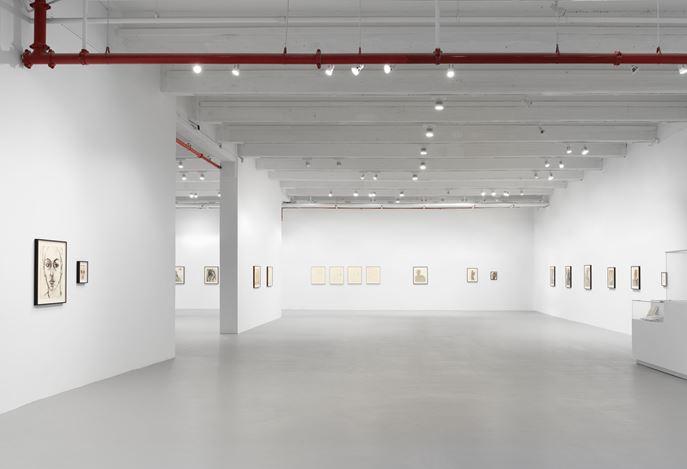 Exhibition view: Luchita Hurtado, Together Forever, Hauser & Wirth, 22nd Street, New York (10 Setpember–31 October 2020).© Luchita Hurtado. Courtesy the artist and Hauser & Wirth. Photo: Thomas Barratt.